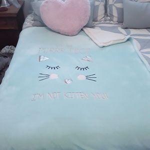 "Cat / Kitten Lovers Blanket 50"" x 60"""